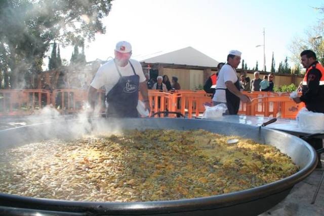 foto paella gigante